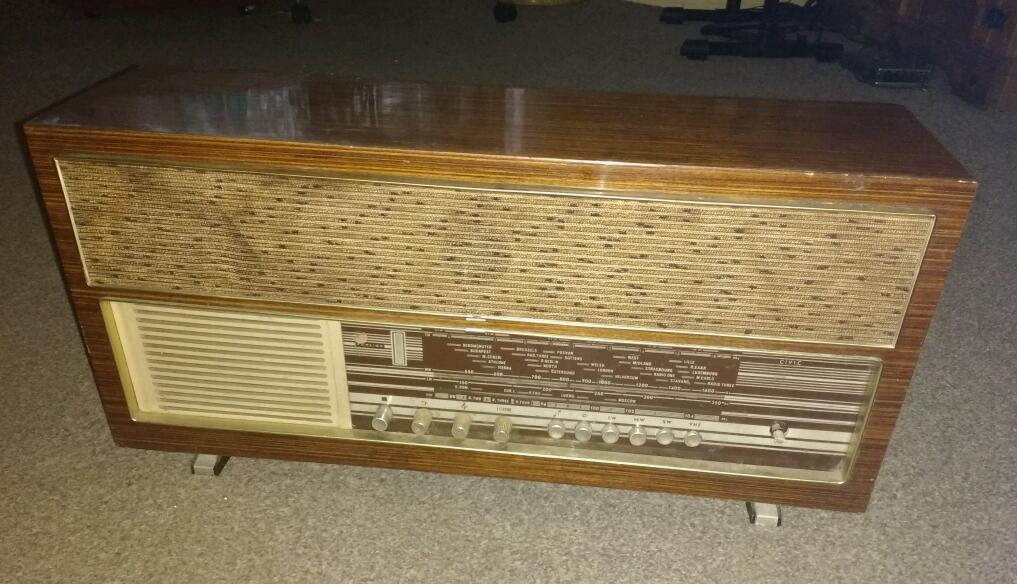 Vintage radiogram for sale needs attention