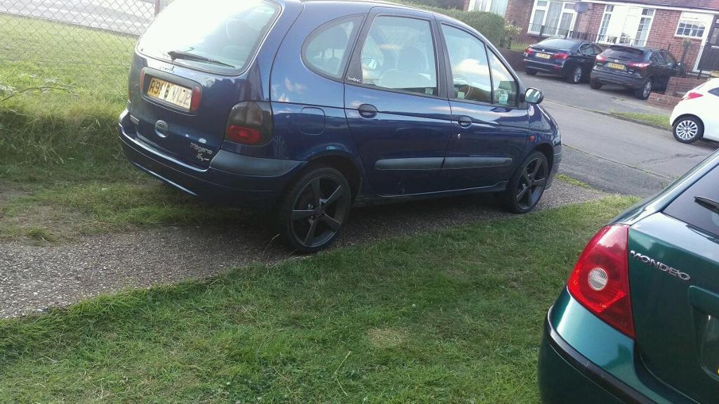 Renault scenic 1.6 auto swap for phone or PS4