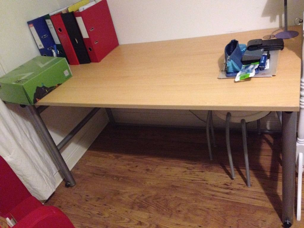 Large Office Desk / Desk for Sale, Very Good Quality and Condition