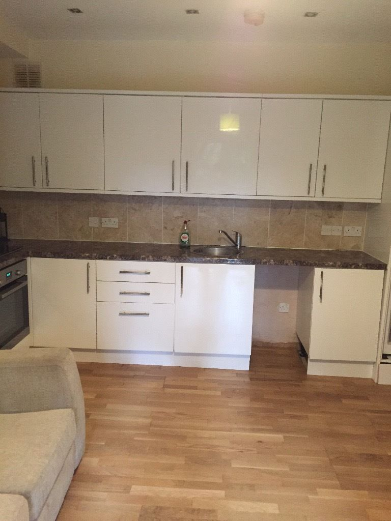 Two bedroom basement flat with patio to rent in Charlton London