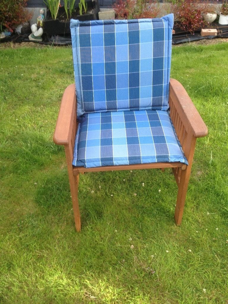6 Wooden garden/patio chairs for sale