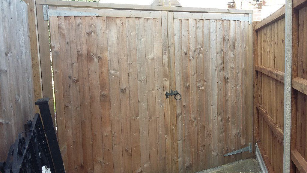 2 Sets of Wooden Garden Gates