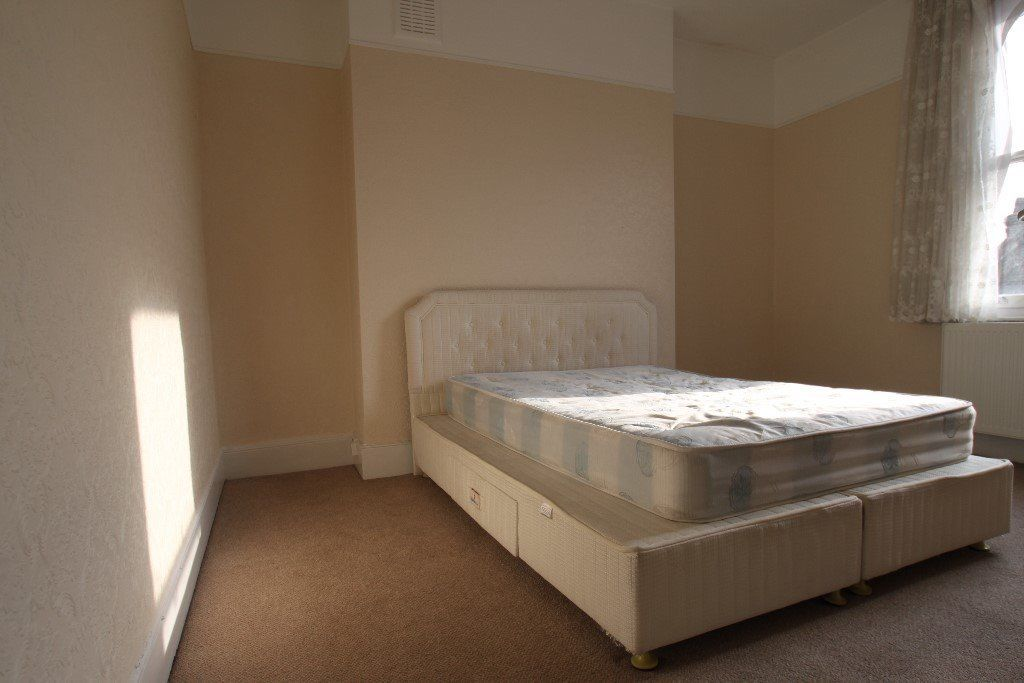 N. STUNNING 2 x Double rooms in the same flat. Kentish Town