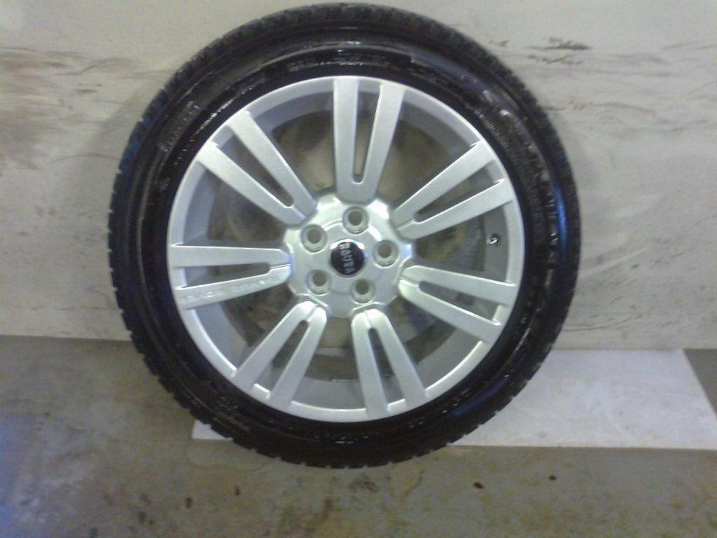 ALLOYS X 4 OF 20 INCH GENUINE RANGEROVER OR DISCOVERY FULLY POWDERCOATED INA STUNNING SILVER NICEJOB