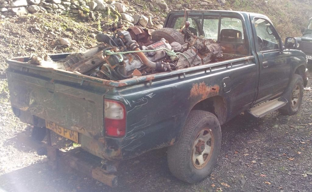 4x4 diesel Japanese Pick up wanted (Hilux, Isuzu Rodeo/ Brava, Navara) etc