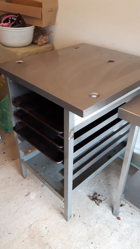 Bakbar/ Blue Seal Oven Stand, Stainless Steel with x 3 oven trays.