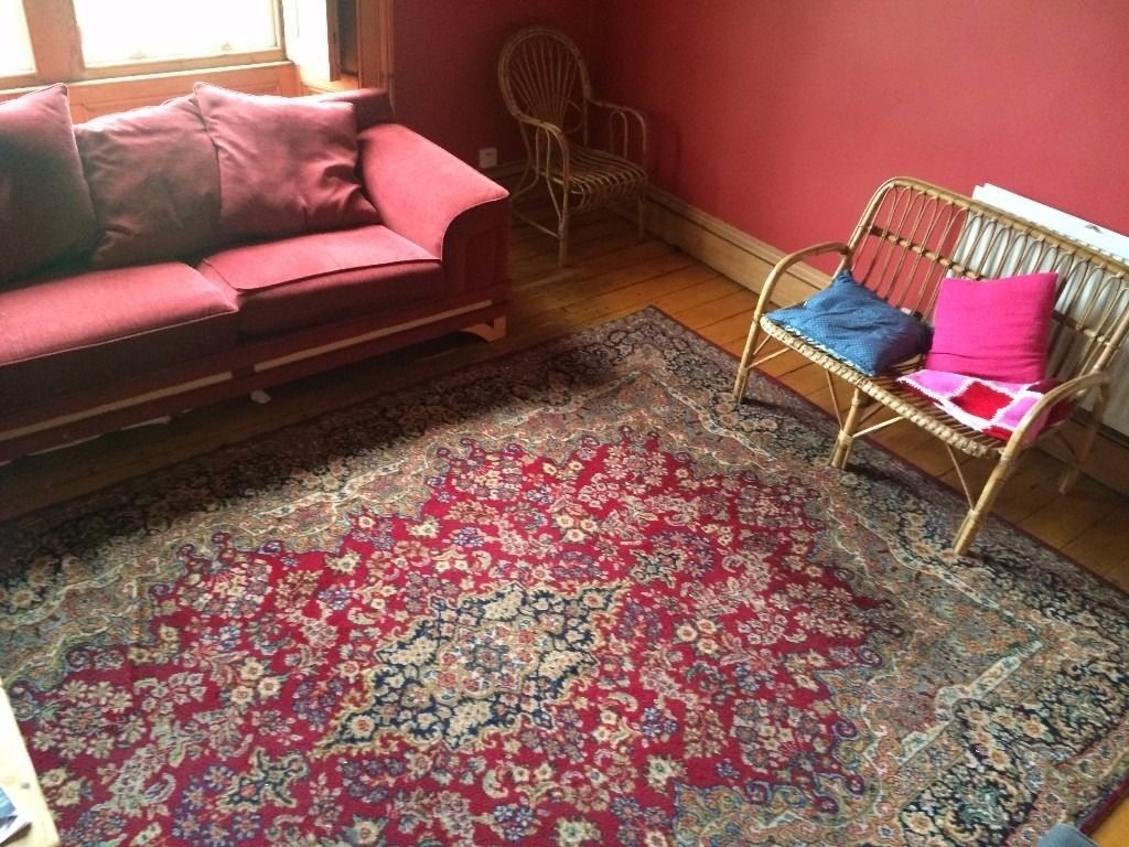 Very Large Persian Rug / carpet 11ft by 9 Ft OFFERS ACCEPTED