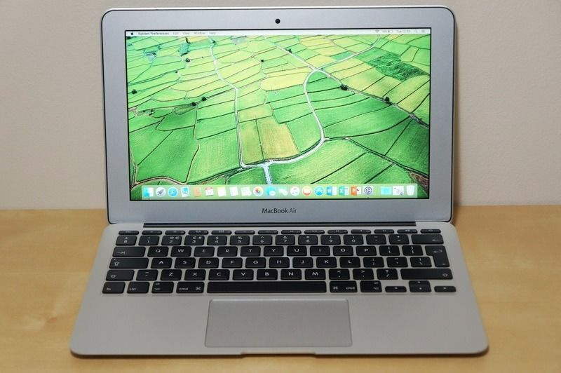 Apple Macbook Air - June 2015 - core - i5 1.6GHz/4GB/128GB - excellent condition