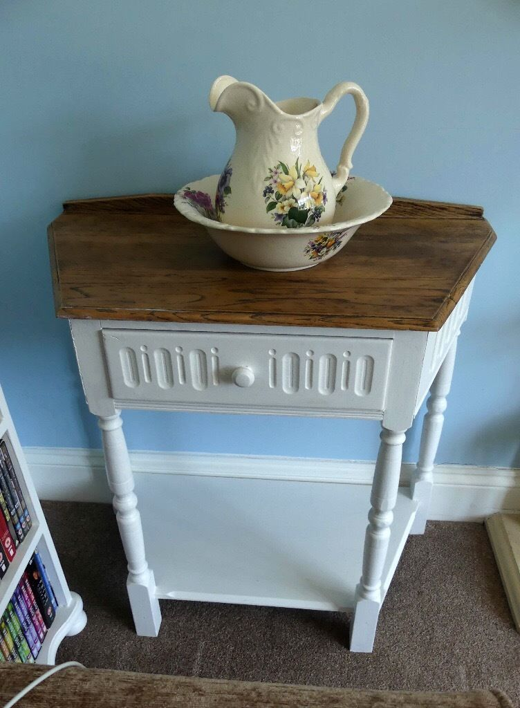Very attractive unusual shaped Vintage/Retro Wash Stand
