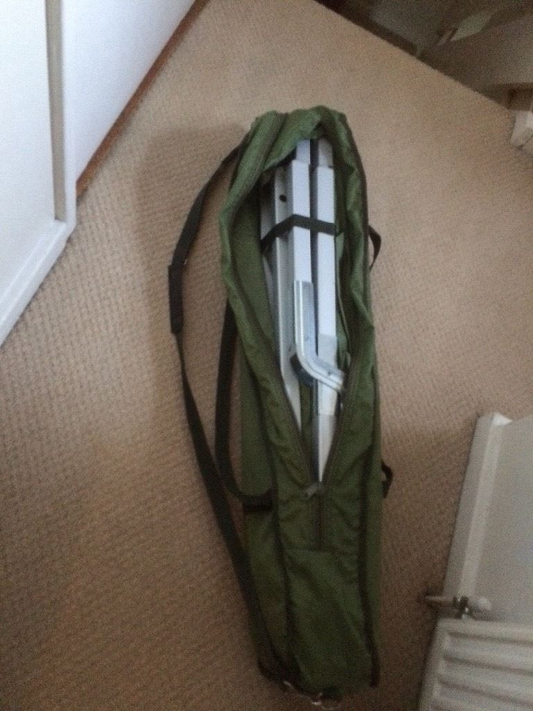 Solid army camping bed