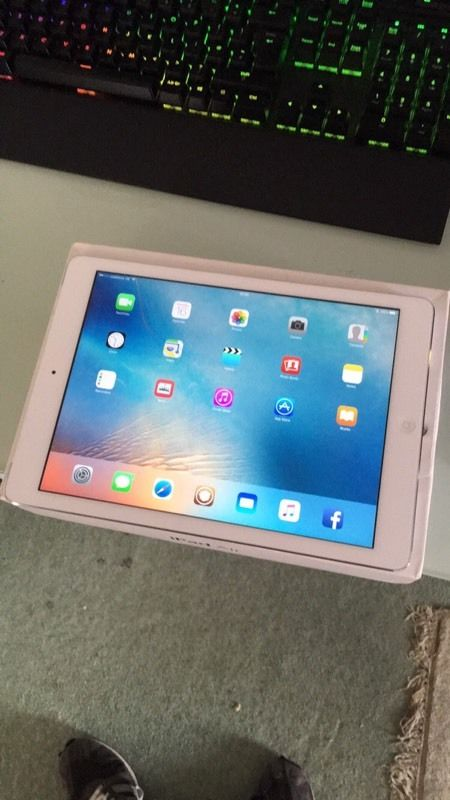 For sale ipad air 16gb wifi + 4g