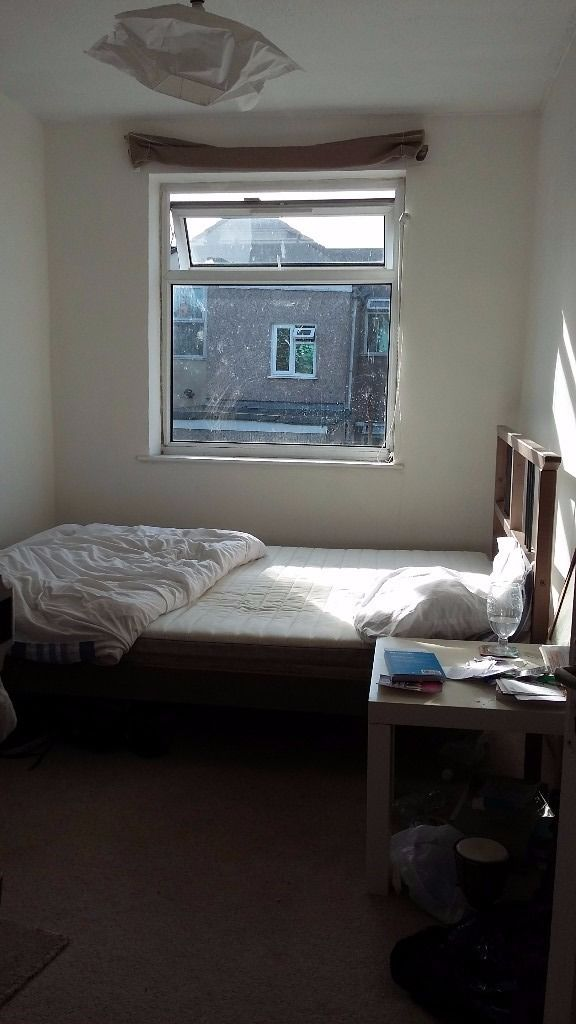 Double room to rent in lovely house in St Pauls