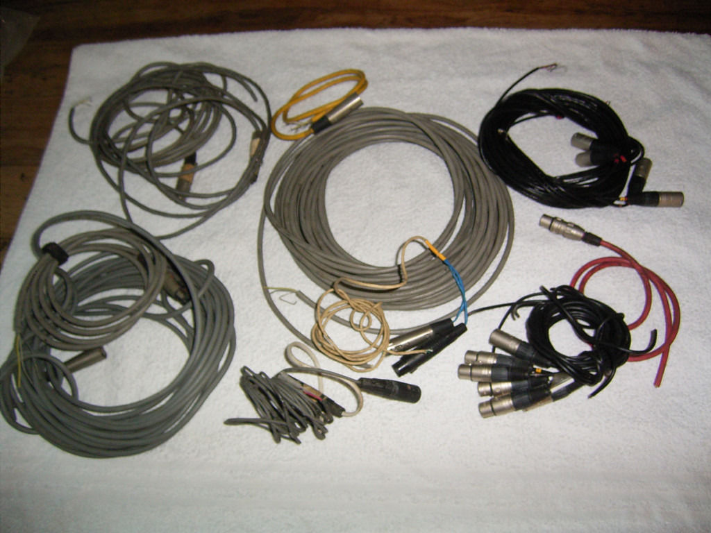 Audio Cable, screened, balanced, XLR connectors one end