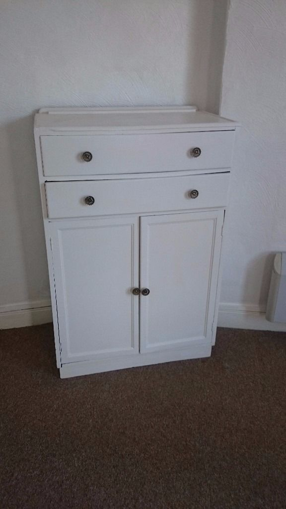 Free white wardrobe & chest of drawers