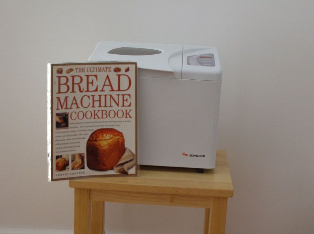 BREAD MAKING MACHINE
