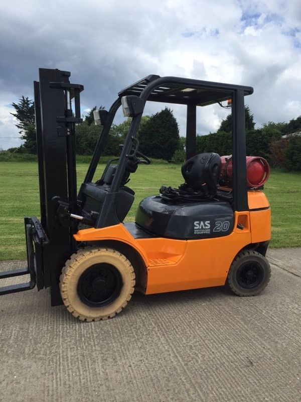Toyota gas forklift truck