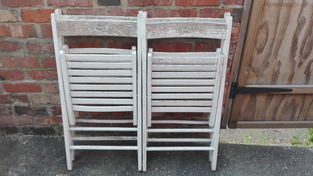 4 Wooden White Retro Rustic Folding Chairs