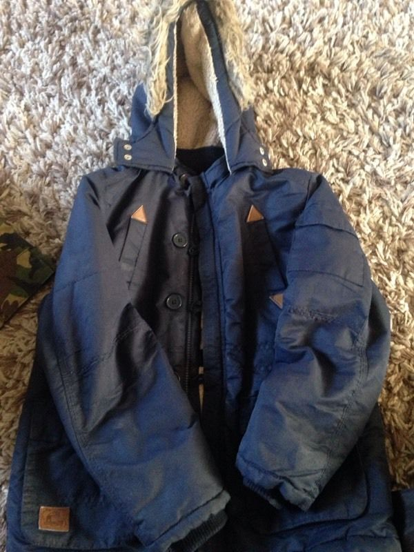 Boys winter coat 9yrs