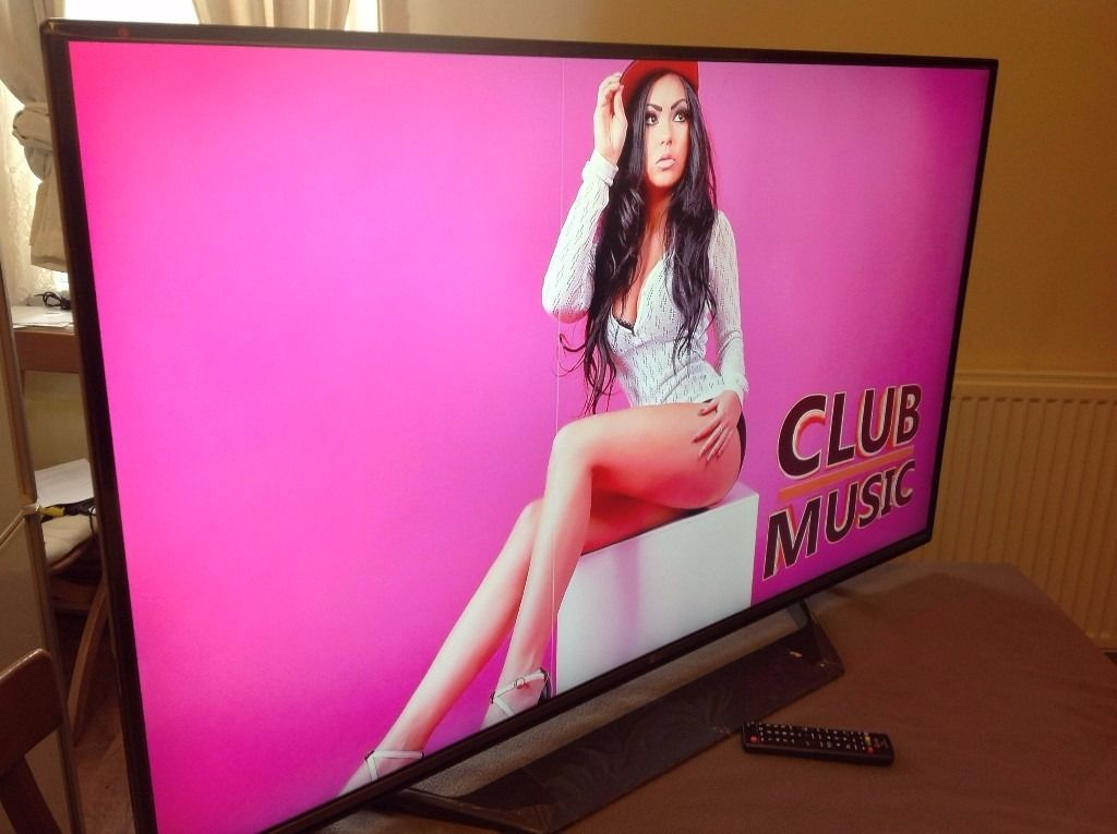 """LG 55"""" SUPER Smart 4K ULTRA HD TV(55UF770V),built in Wifi,Freeview HD,good condition"""