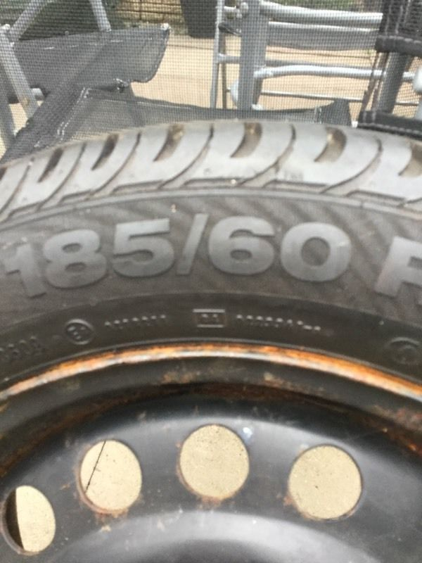 Four contineltal tyres 185 60 15