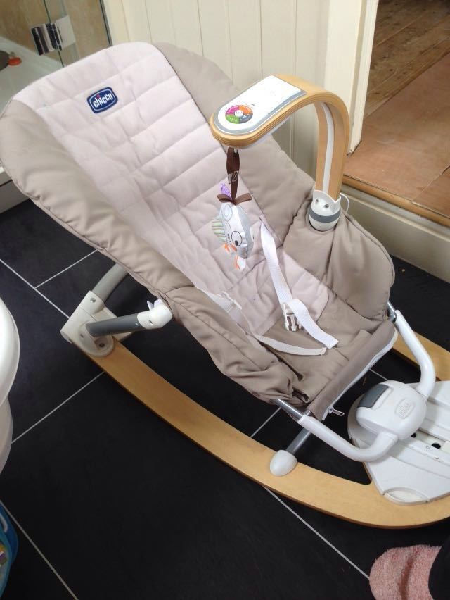 Chicco i-feel baby rocker