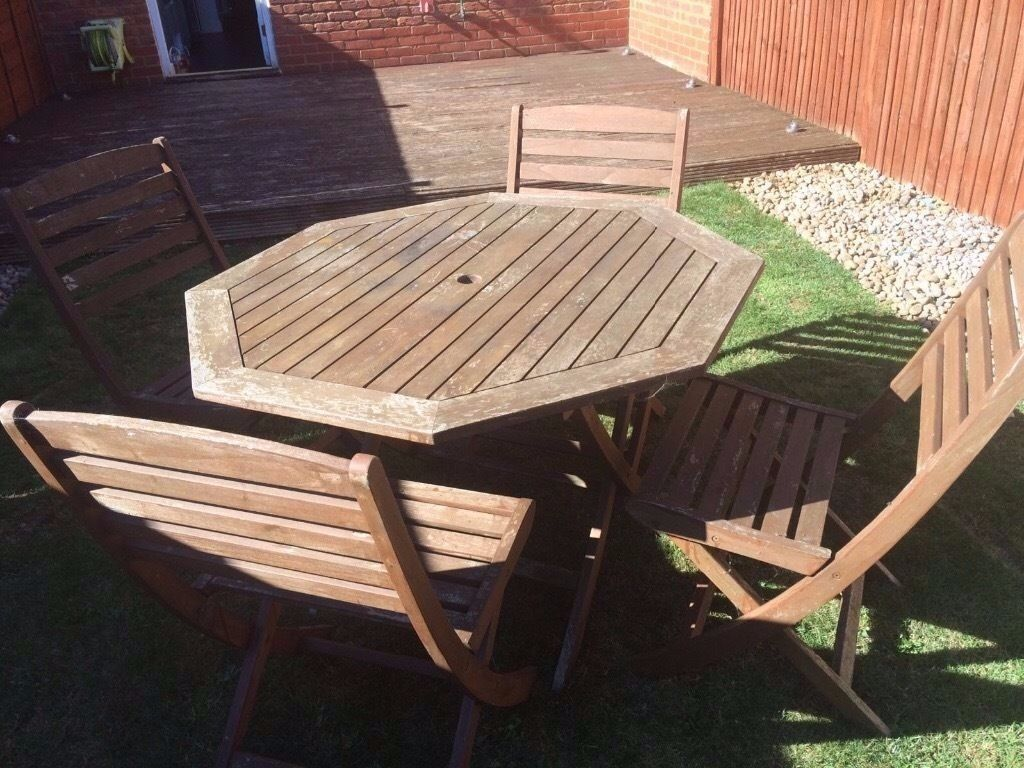 Garden Table & 4 Chairs - Solid Teak