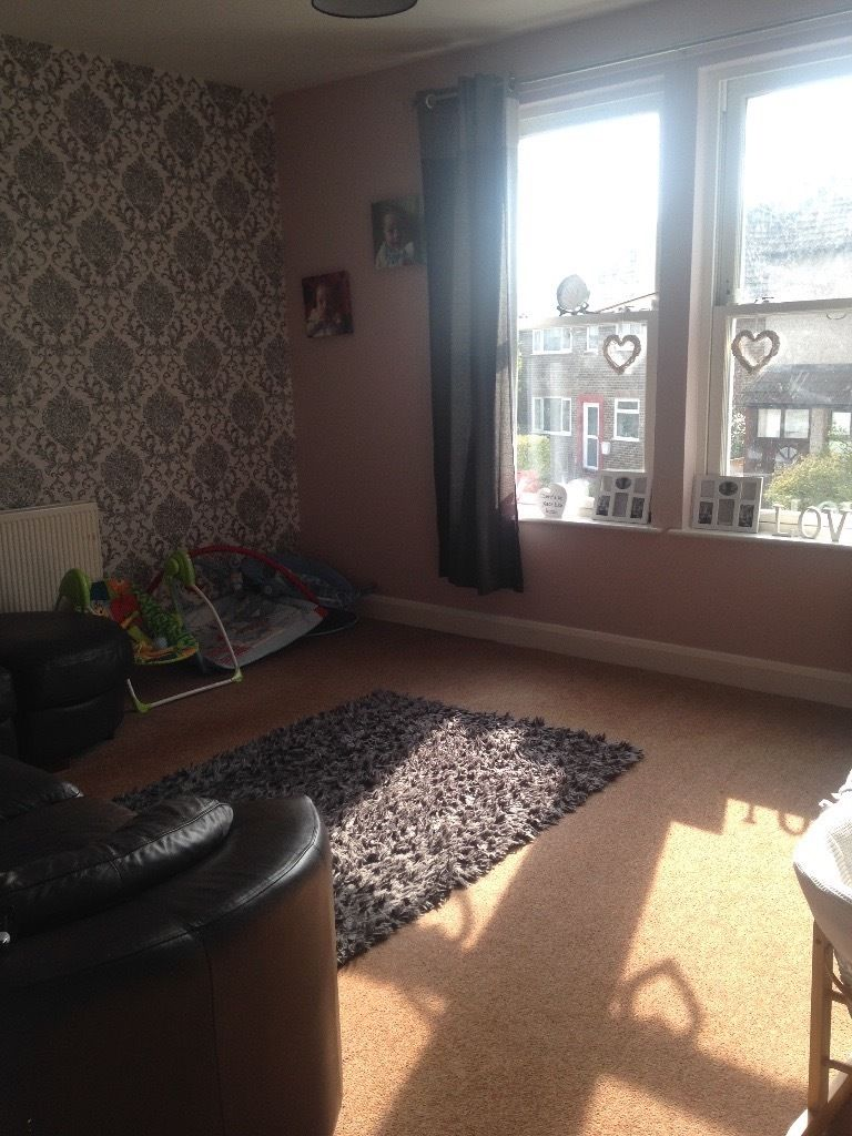 2bed apartment looking for 2-3 bed property with garden
