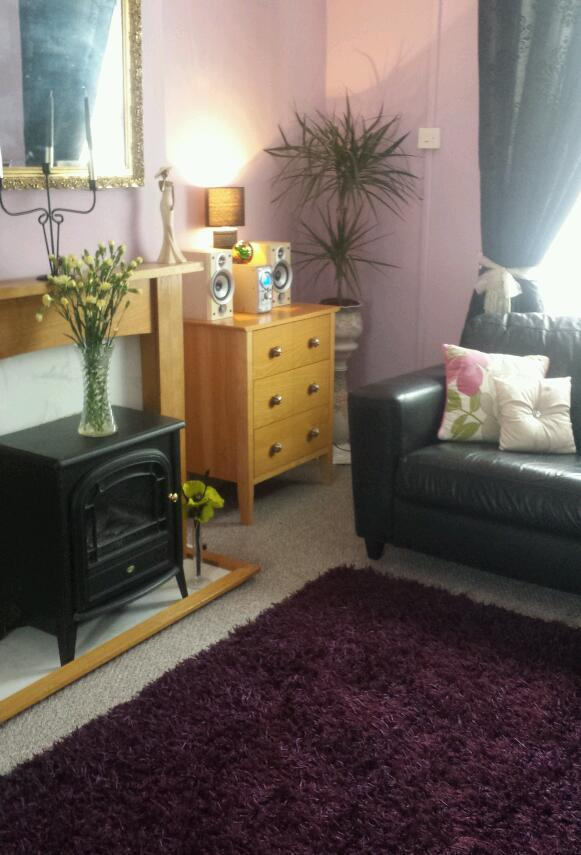 2/3 bed house offered... 1 bed needed sydenham ONLY...please read !