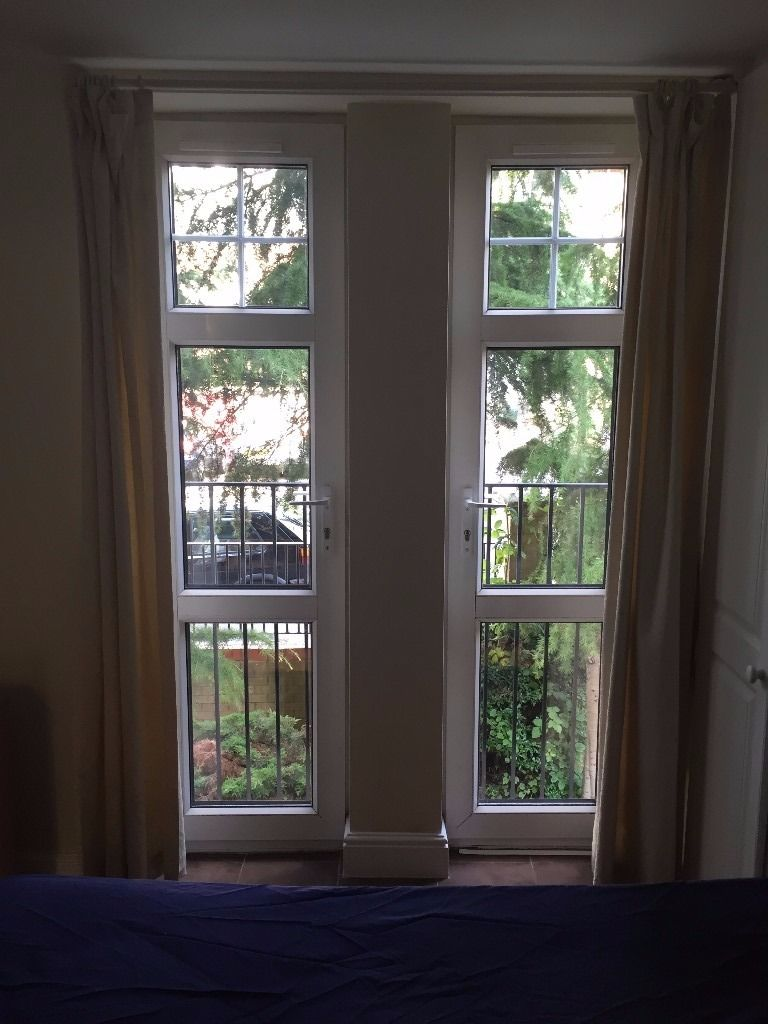 Large En-suite Double Room In Two Bed Flat With Parking