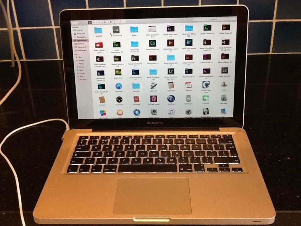 MacBook Pro 13 inch i7 LATEST VERSION OSX EL CAPITAN PROFESSIONAL FAST MACHINE