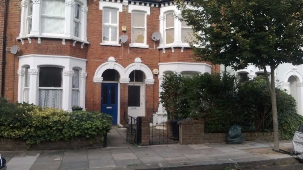 *****ARE YOU DOWNSIZING*****MY 2 BED IN WEST HAMPSTEAD****FOR YOUR 3 BED****