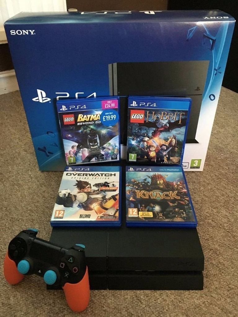 PS4 WITH 4 GAMES! PERFECT CONDITION!