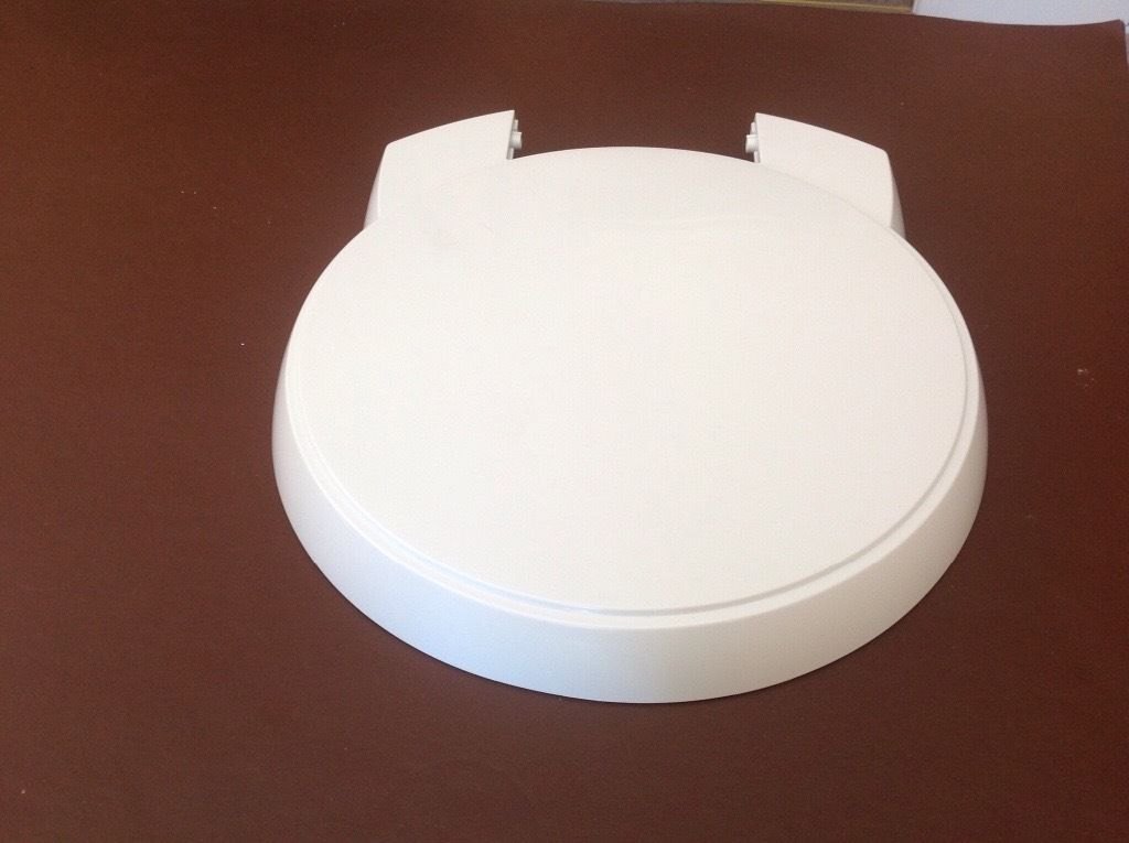Cassette Toilet seat and lid **brand new**