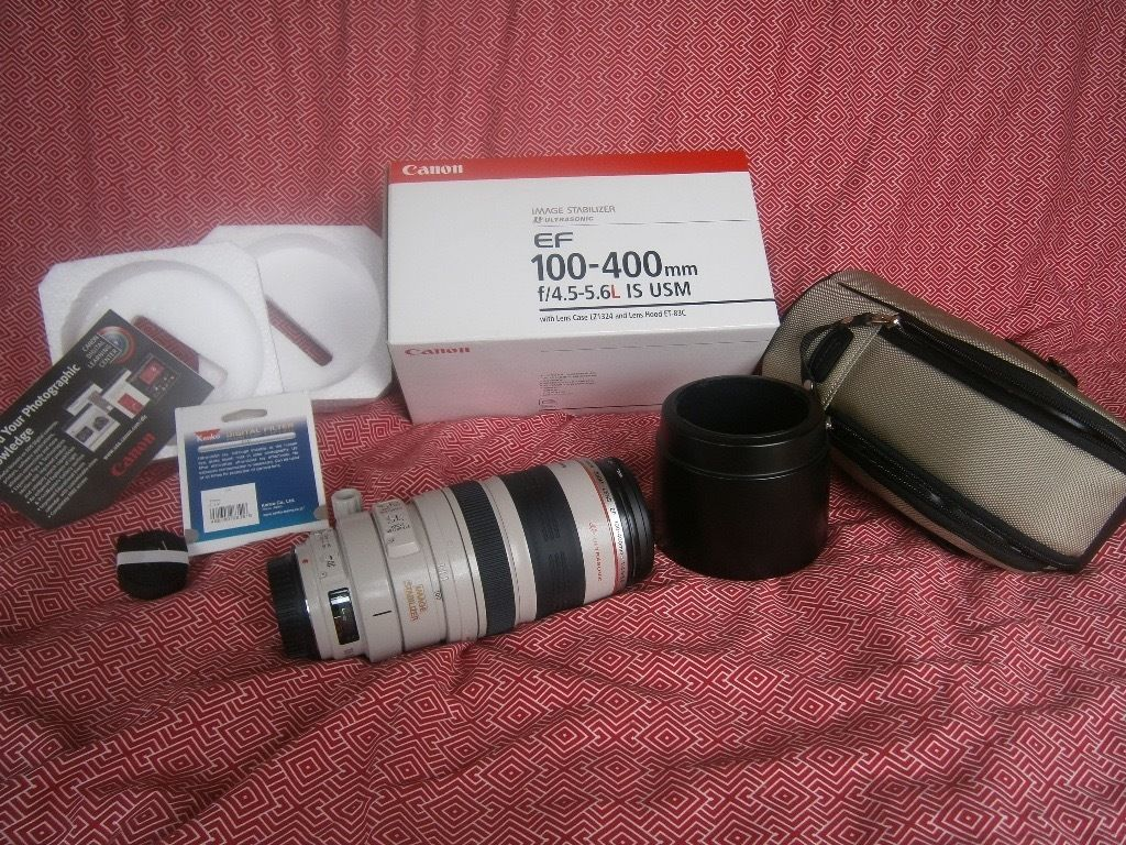 Canon EF 100-400 mm lens with image stabiliser and uv filter