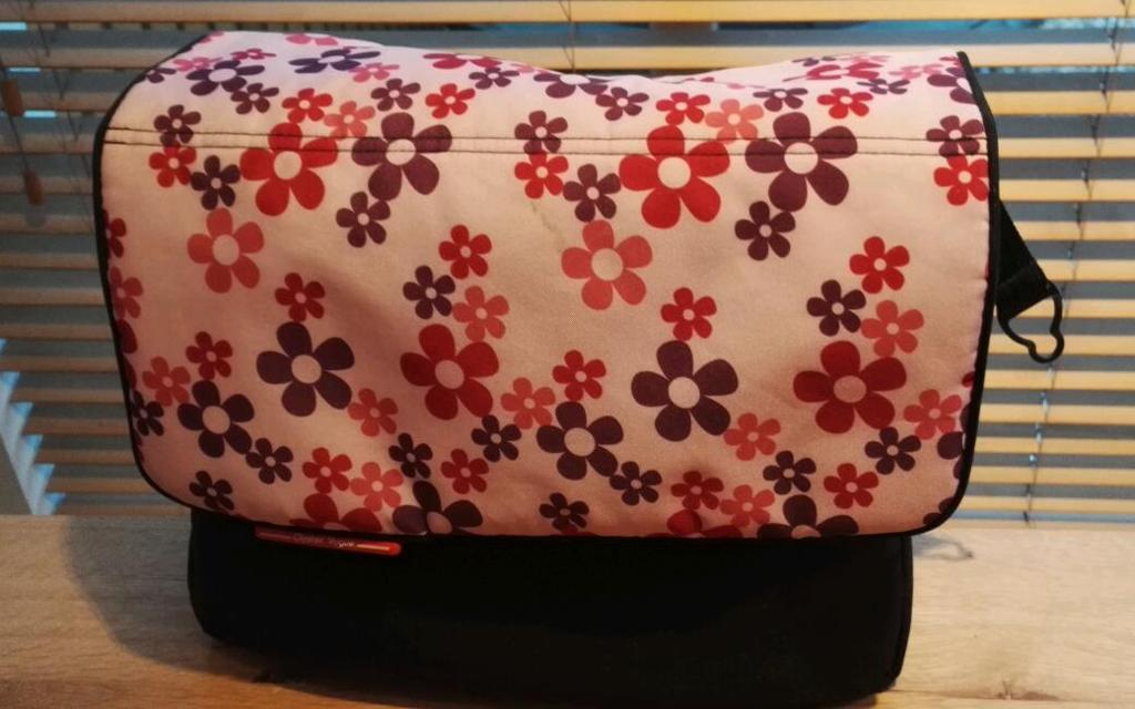 Babystyle Oyster Changing Bag - Pretty Petals