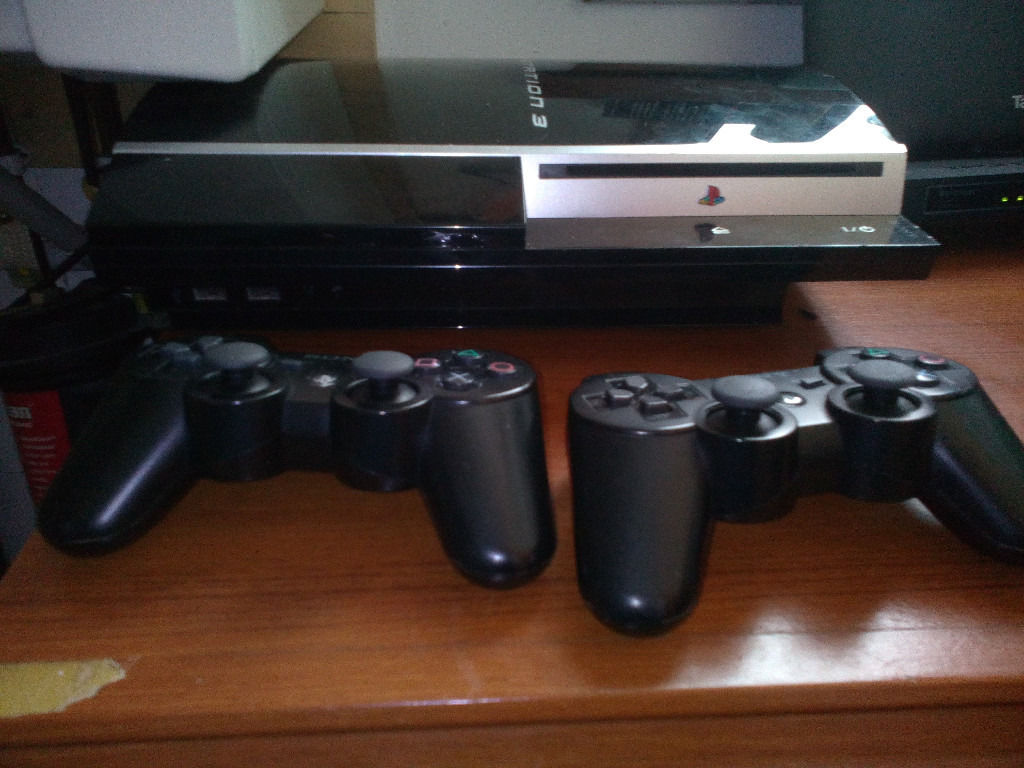 250GB Phat PS3, 30+ games & 2x Pads, swap for 360 slim or WHY?