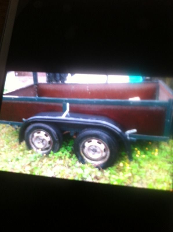 8x4 twin axel good condition