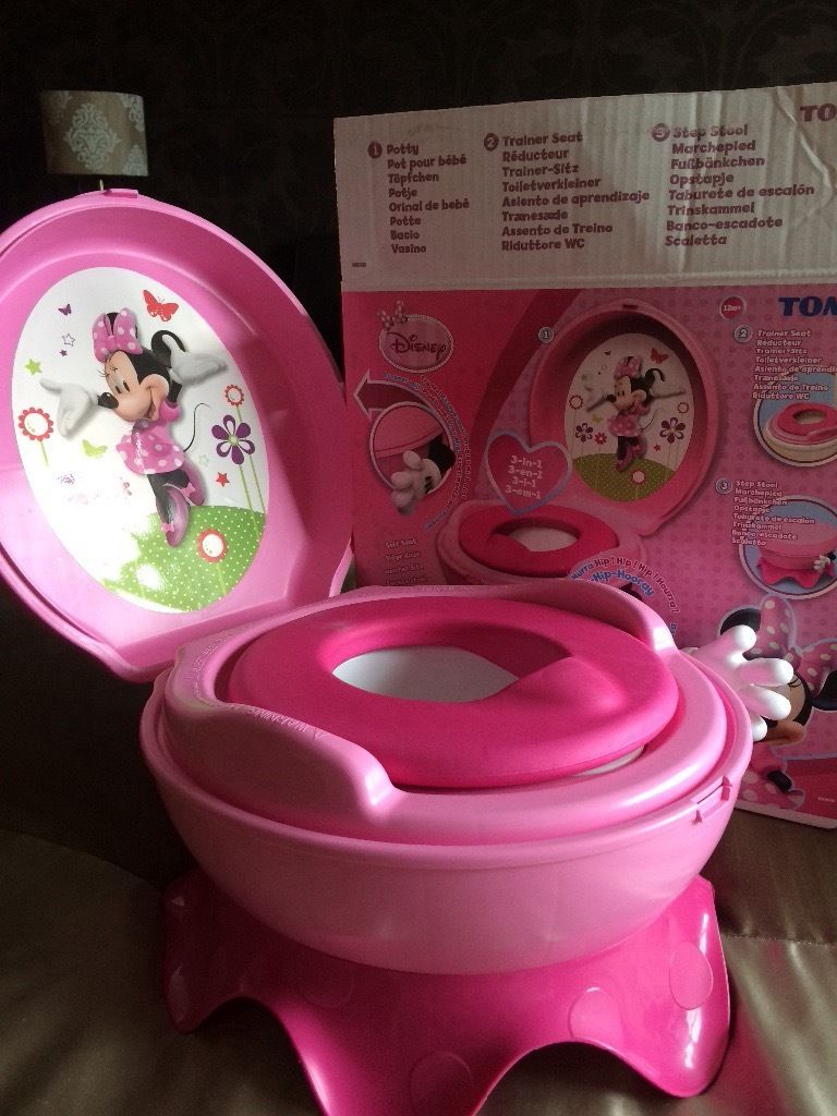 Girls Minnie Mouse potty step stool