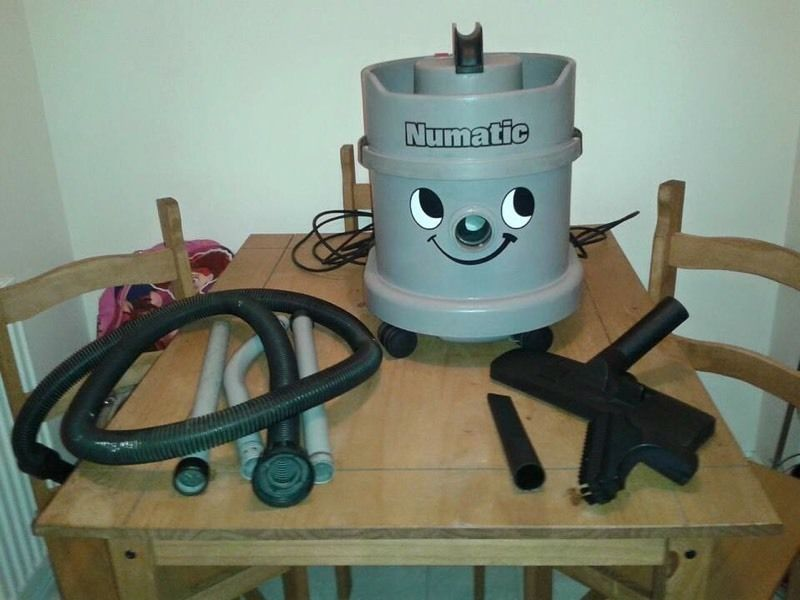 USED NUMATIC COMMERCIAL DRY HENRY VAC