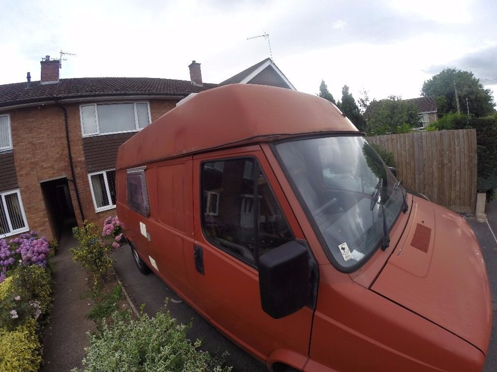 Camper ready to go (talbot express) long mot.