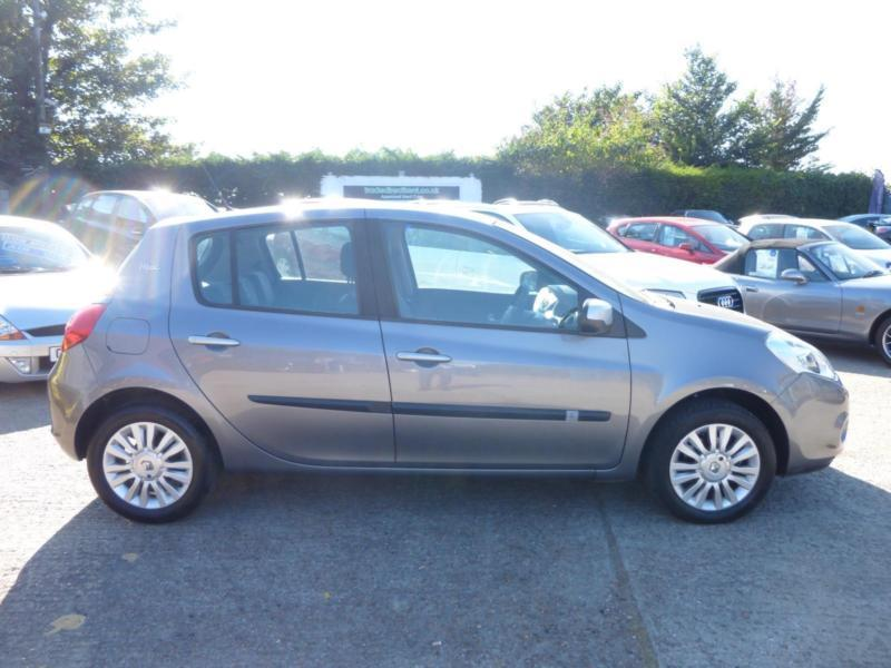 Renault Clio 1.2 16v, I - MUSIC 5 DOOR BLUETOOTH, AIR CON, 42,000 MILES ONLY