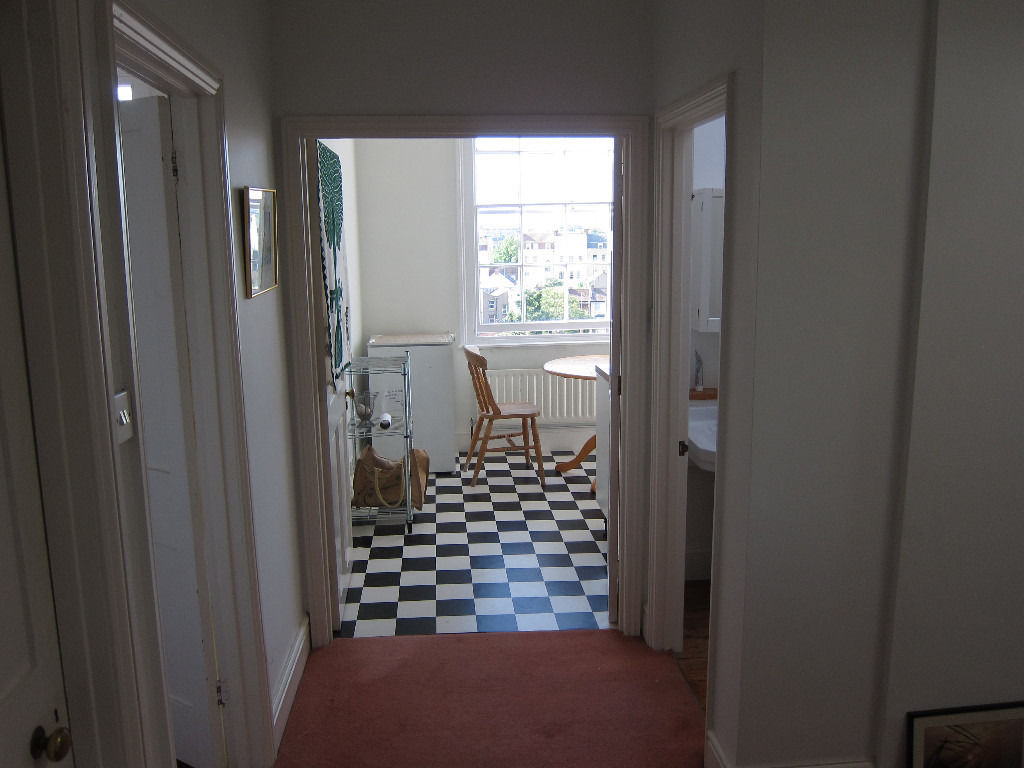 Lovely Bright Double Room for mature professsional - Montpelier