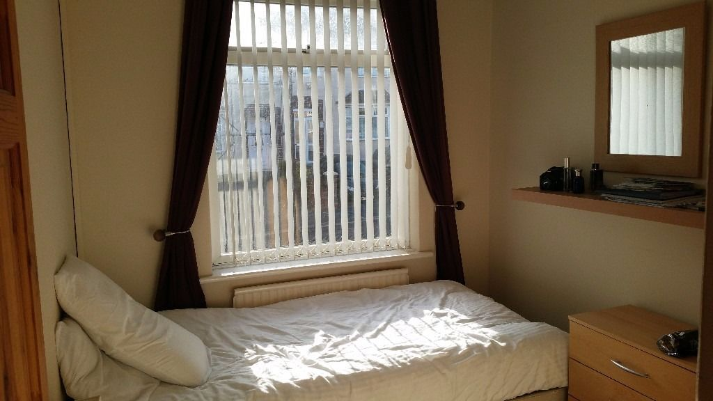 Clean &Tidy single room for rent