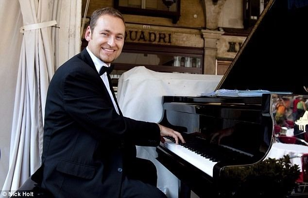 Pianist for weddings, events, etc