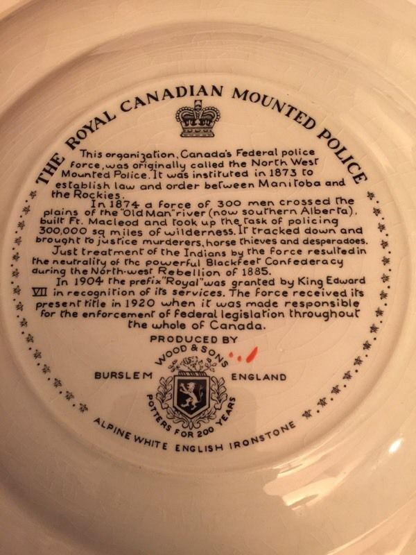 Canadian Mounted Police collector plate is great for a collection.