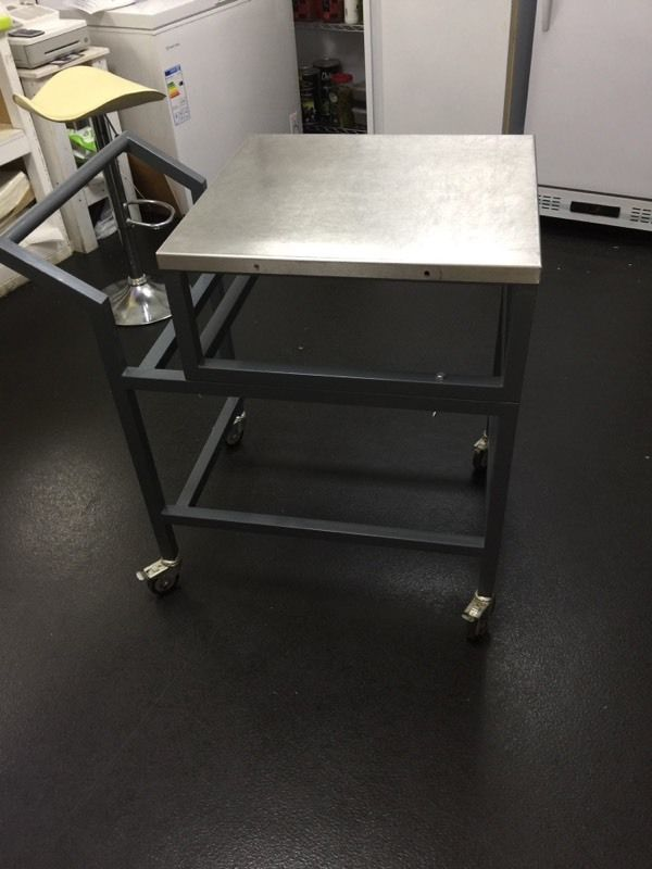 Stainless steel table trolly