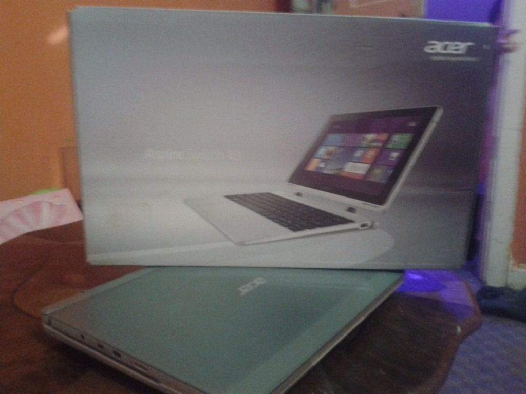Aspire switch 10 netbooks asap for sale verry good condition