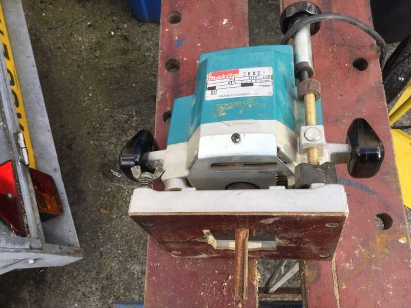 Router Makita 3600 half inch plunging router. 240v
