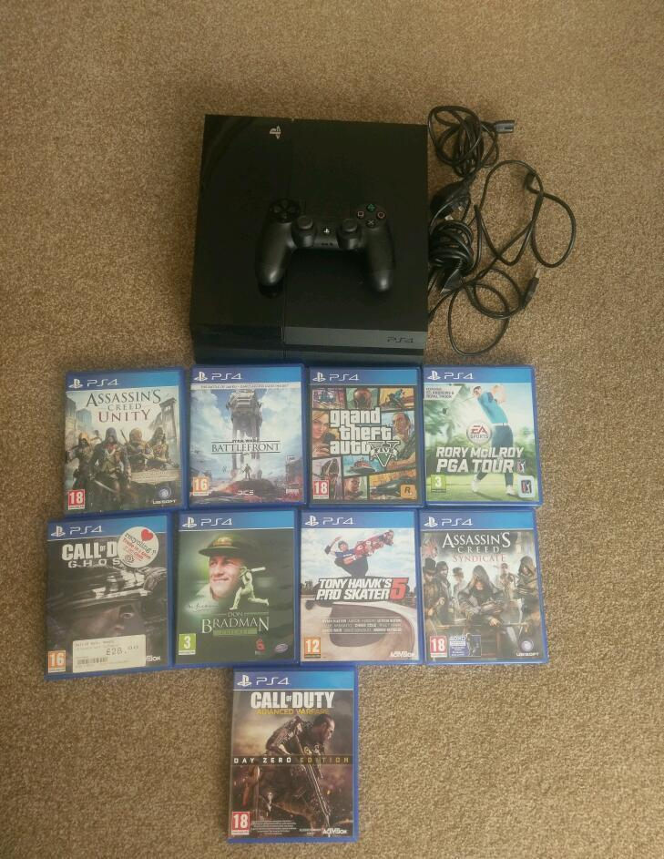 Playstation Four (500 GB) with nine games