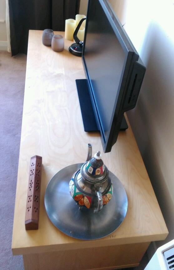 Wooden TV stand in very good condition
